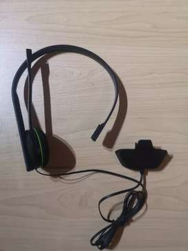 Basic Xbox One Headset and Mic