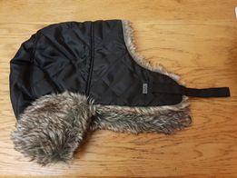 Продам зимнюю шапку- ушанку б/у
