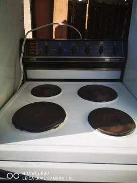 Defy 4 plate stove for sale