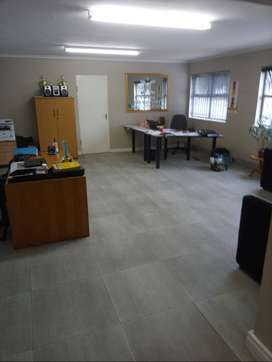 OFFICE TO LET 72 SQM - ON BRACKENFELL BOULEVARD