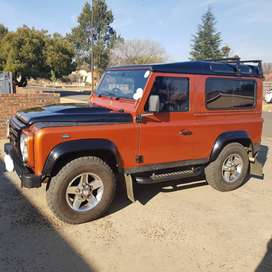 LAND ROVER DEFENDER 90 2.4 TD FIRE + ICE SW