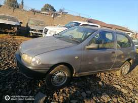 Fiat palio 1.2i stripping for spares