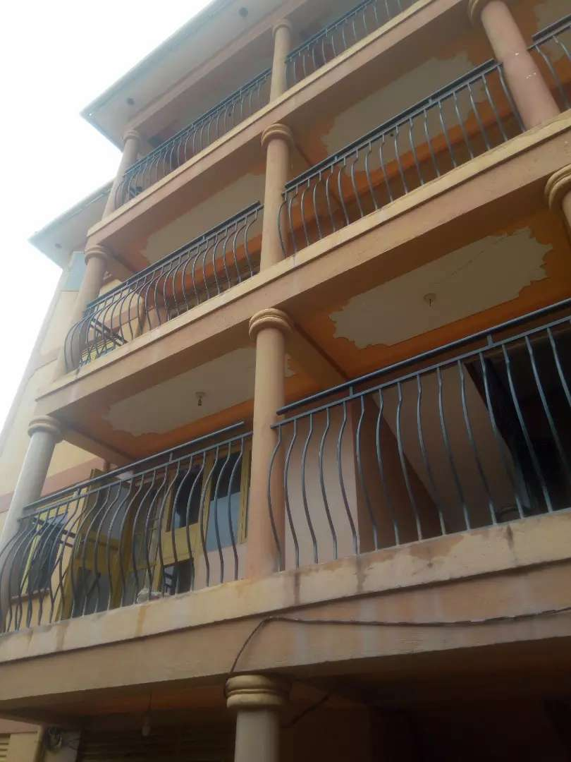 Two bedroom apartment for rent in mutungo 0