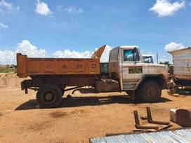 Samag 70 six cube tipper.  Ade 352 non turbo. ZF 6 speed gearbox
