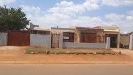 House in Phumula Roodekop ext 21 for rent