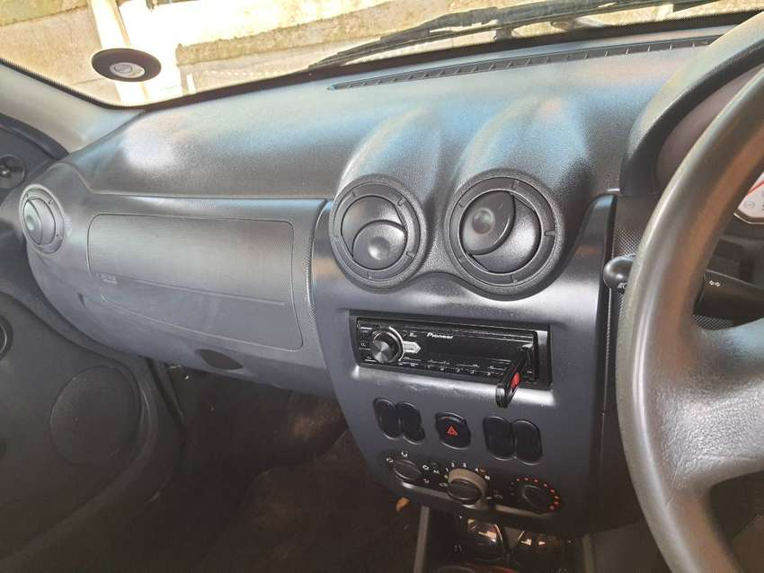 SRP Airbag,aircon,radio with aux and usb port and speakers and its 0