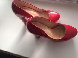 Туфли, лабутены