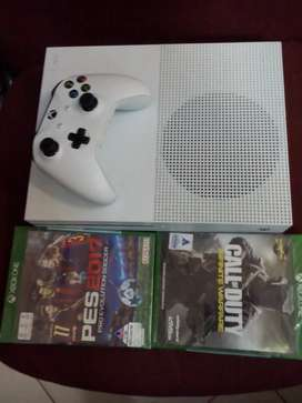 Xbox one  $  for sale    only   month end  special