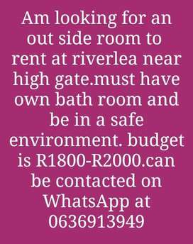 Room to rent at reverlea  near high gate