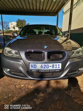 320i Immaculate condition