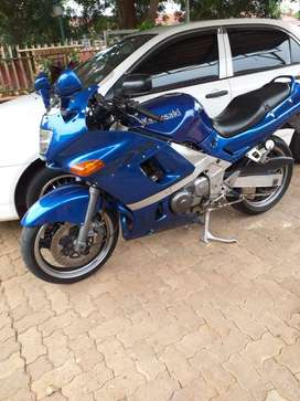 Kawasaki ZZR 400 N for Sale