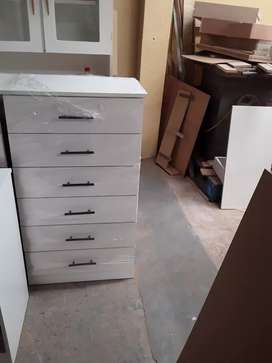 New six drawers chest
