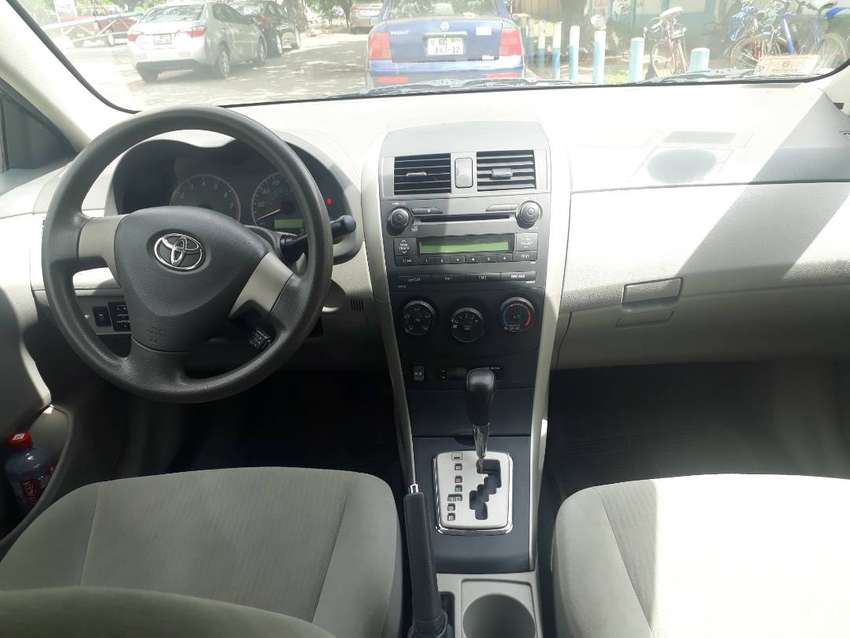 Neat Toyota Corolla for sale 0