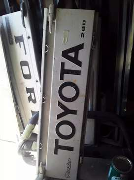 Toyota hilux Hips tailgate
