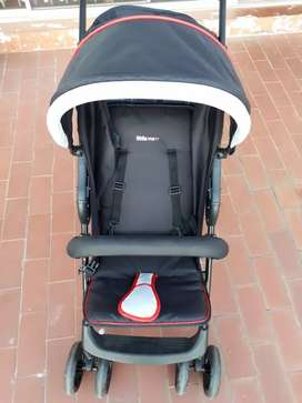Little Me travel system (car seat and pram) - like new