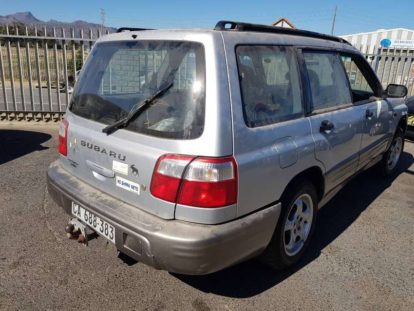 Subaru Forester 2.0, 2001 stripping for spares. 0