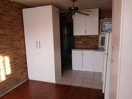 Flat to Rent Flamingo Vlei (Please Contact Owner)