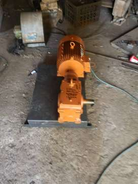 Electric motor 4kw and gearbox