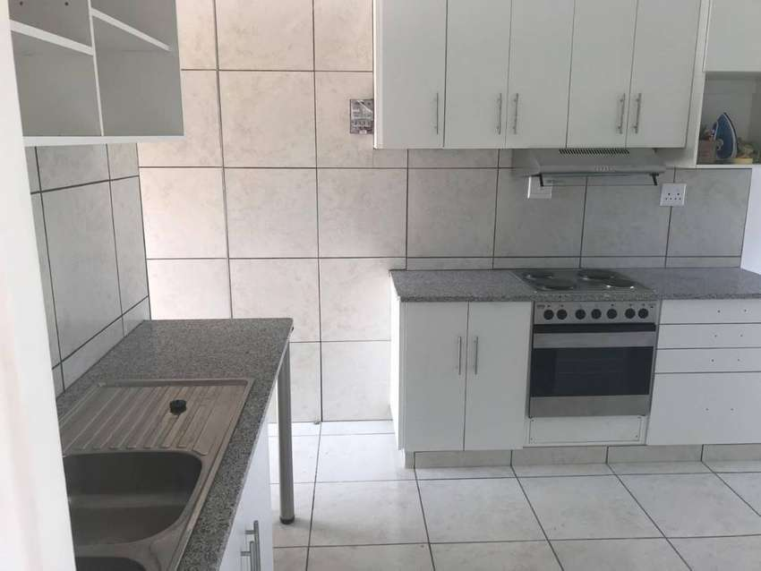 FLAT FOR RENT IN TONGAAT 0