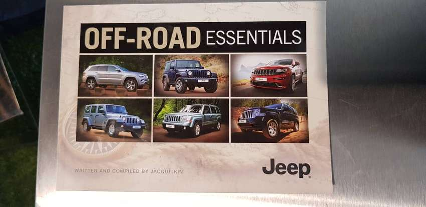 Jeep Off-Road Essentials Book 0