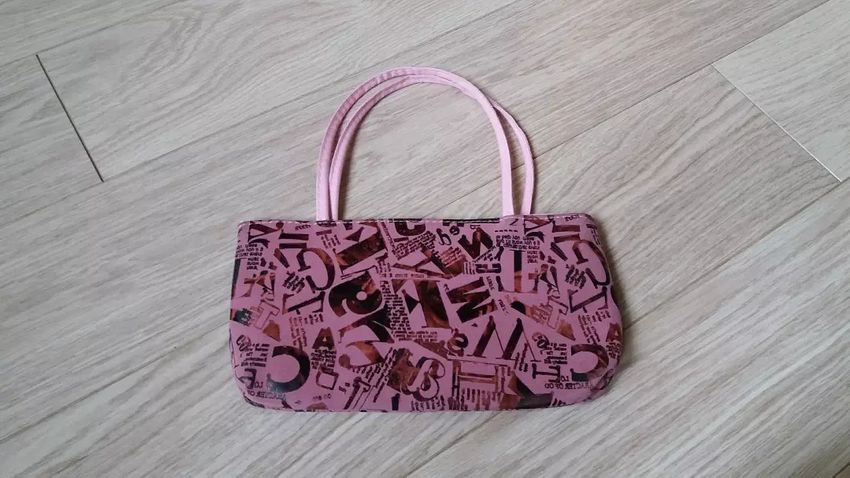 Malá růžovofialová kabelka 0