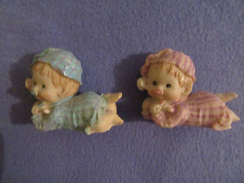 Djevojčica i dječak figurice 0