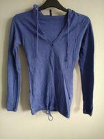 Sweterek damski z kapturem i sznurkiem niebieski S