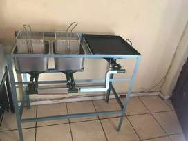 Gas Deep Fryer 2x8ltr with Gas Flat Top Griller for catering