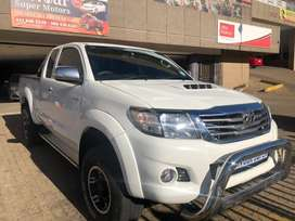 2012 TOYOTA HILUX 3.0D4D EXTRA CAB MANUAL DIESEL