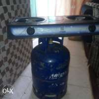 13kg gas cylinder plus table cooker 0