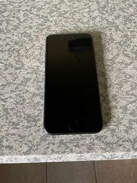 iPhone 7 32GB in excellent condition!