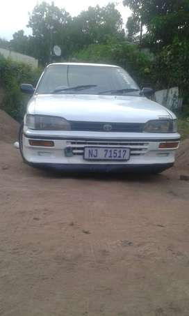 Toyota corolla for sale its 1.3 4 speeds