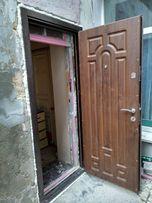 Профессиональная установка входных дверей
