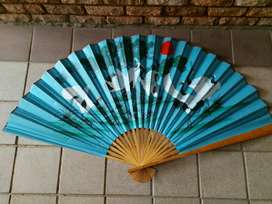 Large fan with Japanese stork details