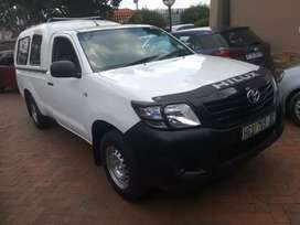 2013 Toyota Hilux 2.7vvti manual single cab with canopy immaculate