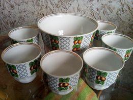 Салатник фарфоровый и креманки .Рижский.СССР.