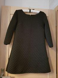 Sukienka pikowana z lamówkami
