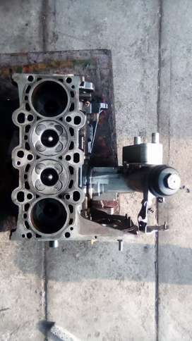 Block crank conrods with oil cooler assembly