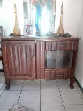 Ball and Claw Sideboard / Server