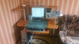 Настільний комп'ютер зі комп'ютерним столом та кріслом (комплект)