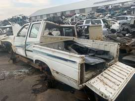 Nissan 1 Tonner Double Cab Stripping For Spares