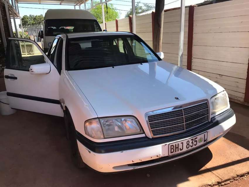 Mercedes Benz  C 180 Classic,for sale 0