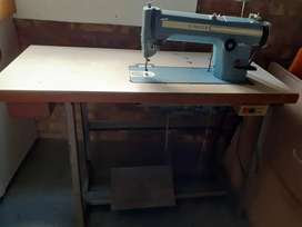 Industrial Sewing Machin