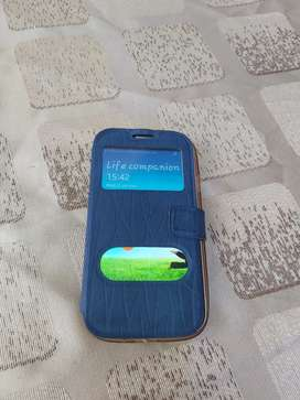 Samsung Galaxy S4 with pouch