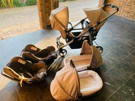 Double trouble3  in 1 Twin Citi Edition Travel System