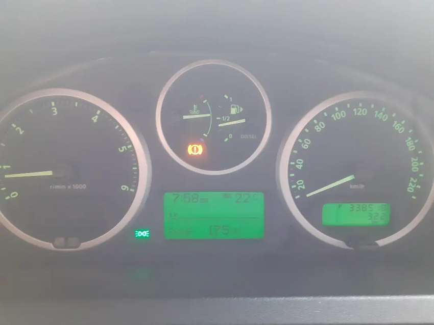 Landrover discovery 3 instrument cluster 0