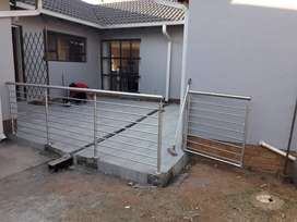 Stainless steel and glass balustrades special discounts.