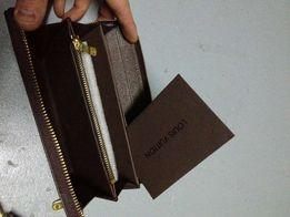кошелек от Louis Vuitton