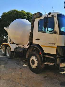 Fully Licensed Mercedes Atego Incl Concrete Mixer