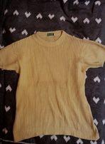 Żółty sweter